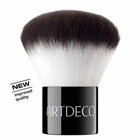 Artdeco&nbsp Kabuki Brush for a professional finish